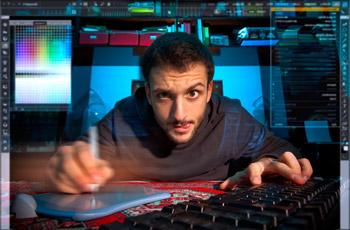 Ein freier Mitarbeiter, der in einigen Bereichen als Freelancer bezeichnet wird, ist jemand, der Aufträge ausführt, die ihm erteilt werden. Im Unterschied zu einem Angestellten ist er jedoch nicht in den Betrieb seines Auftraggebers integriert.